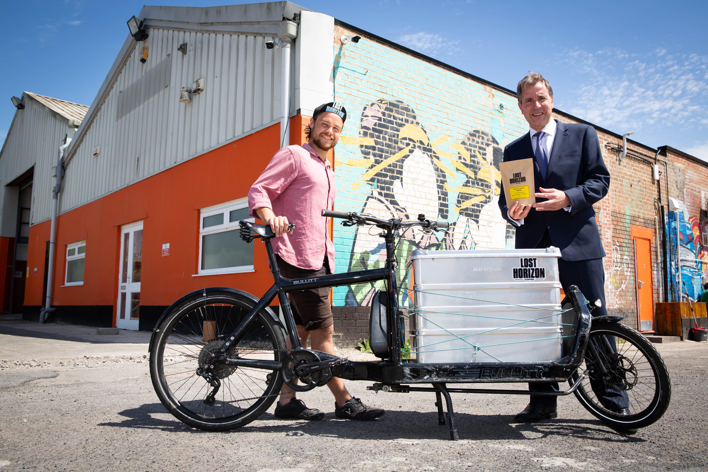 Kit Nisbet of Lost Horizon coffee with Metro Mayor Dan Norris